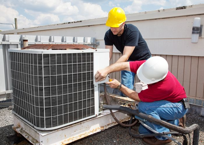 RI air conditioning service technicians